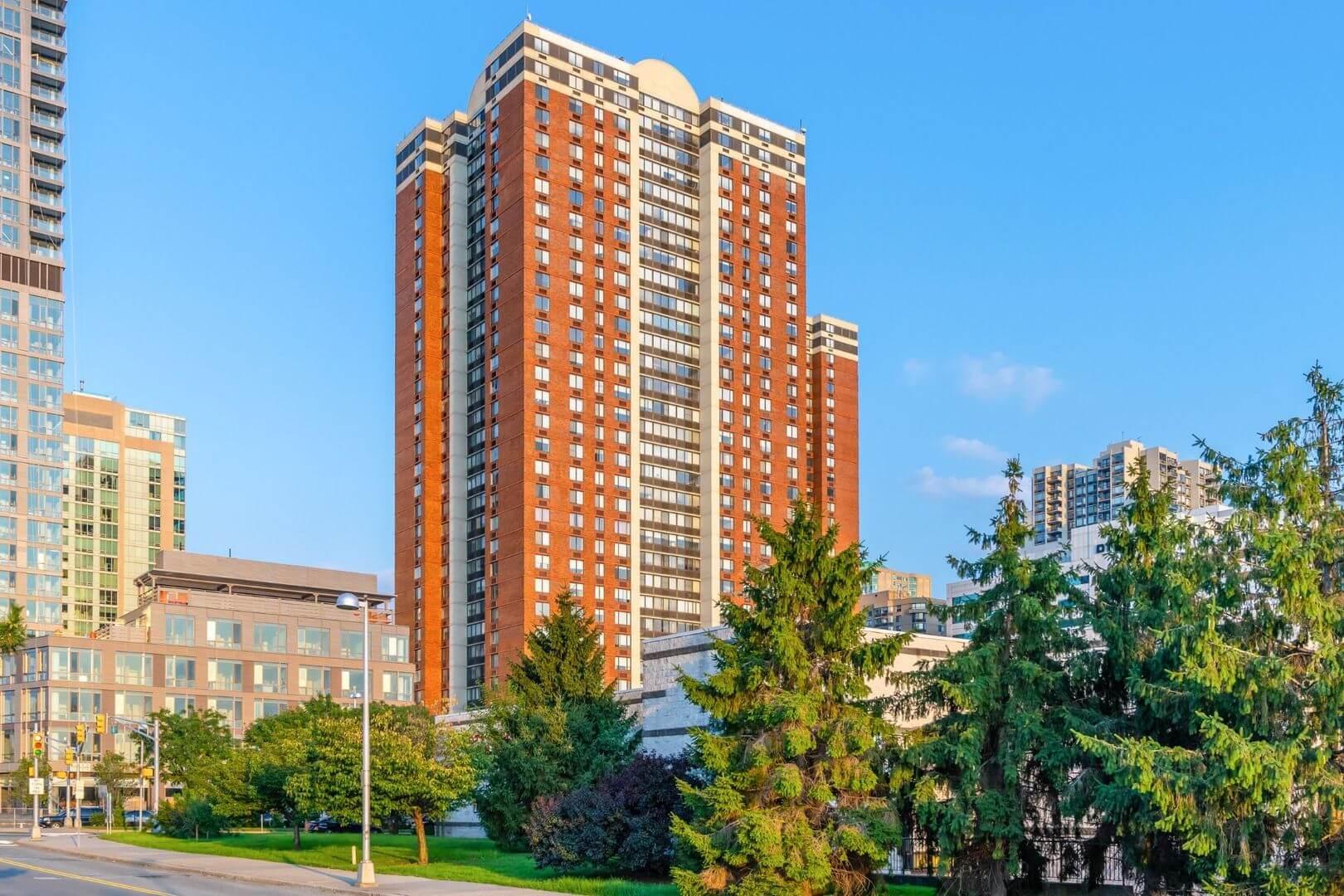 parkside west apartment parking